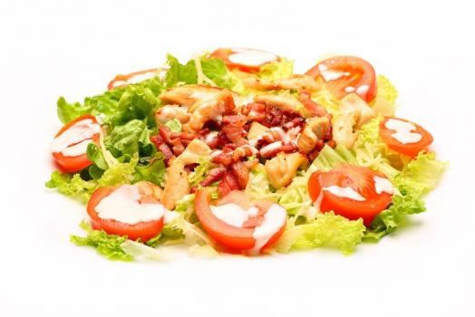 salade de tomate avec lardons